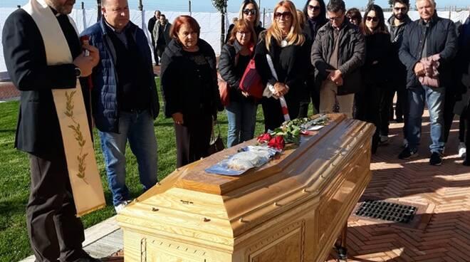 funerale orazio ucci nel nuovo cimitero ardea