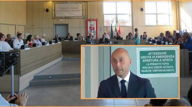 Copertina_Colucci_entra in Cambiamo di Toti_2019_11_08