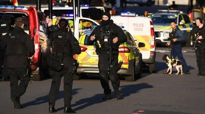 attentato londra polizia londra