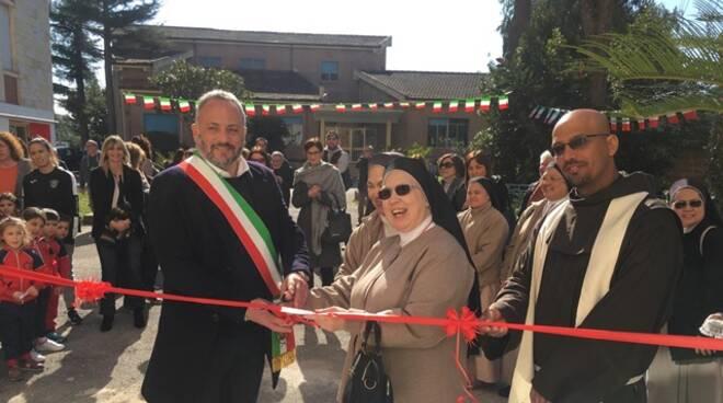 """Formia, inaugurate due nuove aule della scuola materna """"Mater Divinae Gratiae"""""""