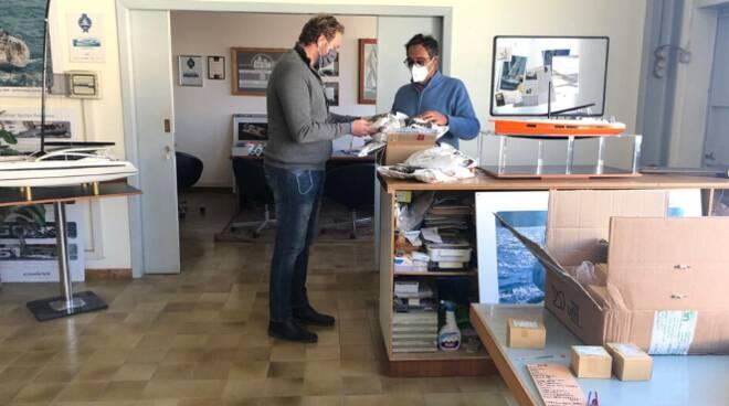 donazione mascherine Fiumicino