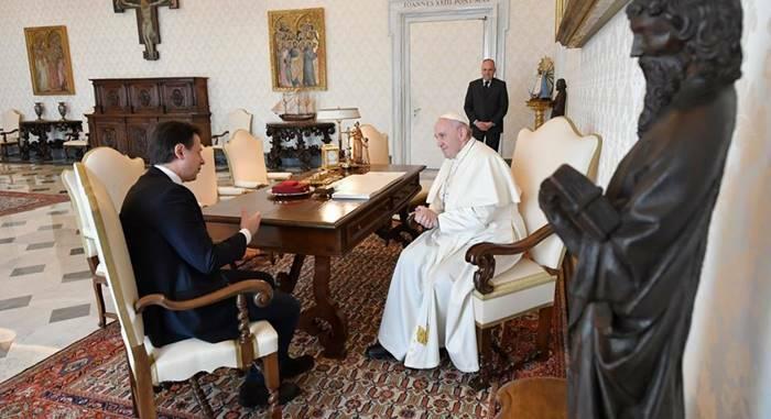 papa francesco premier giuseppe conte