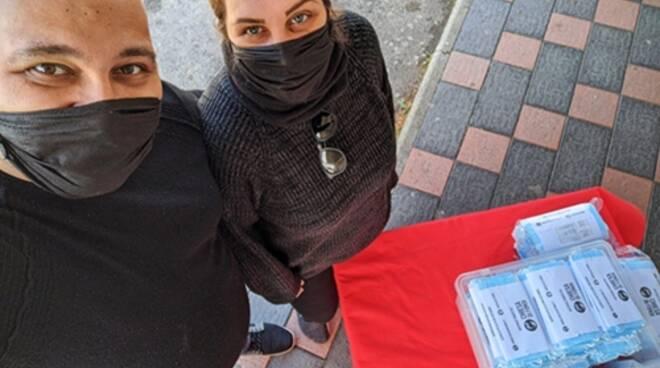Coronavirus, l'associazione Chiesa di Fondi distribuisce mascherine gratuitamente