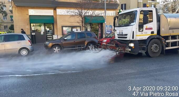 covid-19, sanificazione strade di Ostia