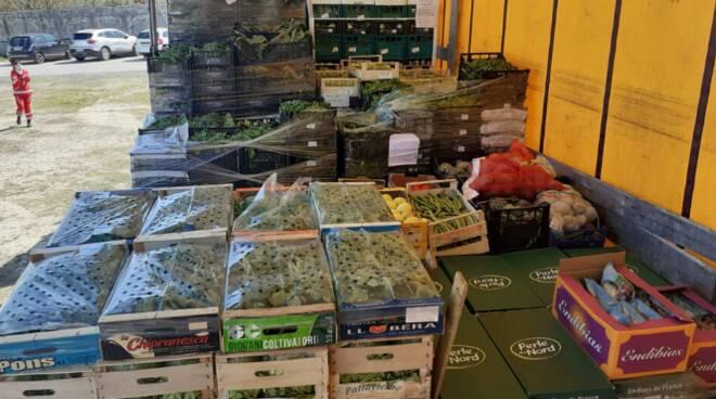 distribuzione pacchi alimentari Civitavecchia
