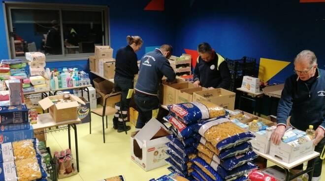 donazione pacchi alimentari cerveteri