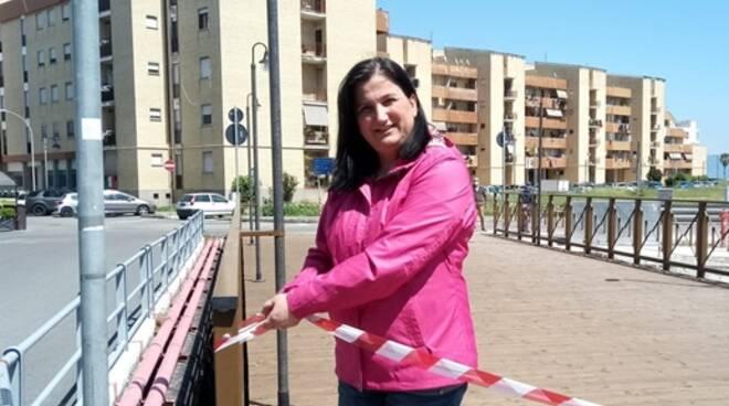 Terracina, aperto il ponte pedonale nella zona del porto