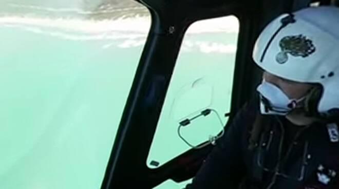 aereo carabinieri litorale romano