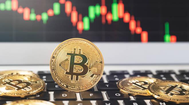 è bitcoin scambiati 24 ore)