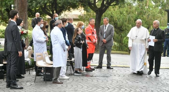 papa francesco preghiera rosario coronavirus