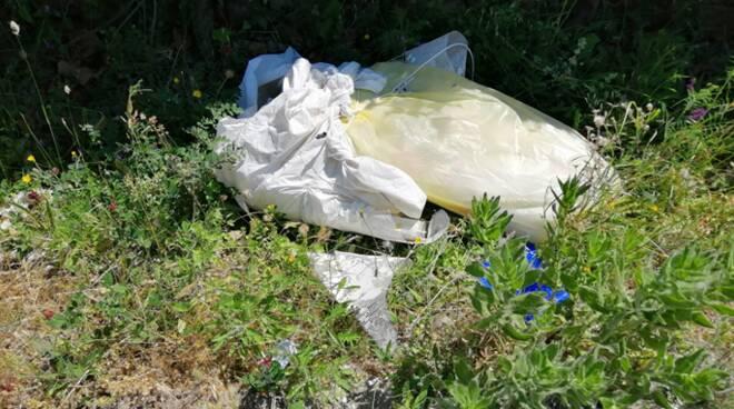 rifiuti abbandonati civitavecchia