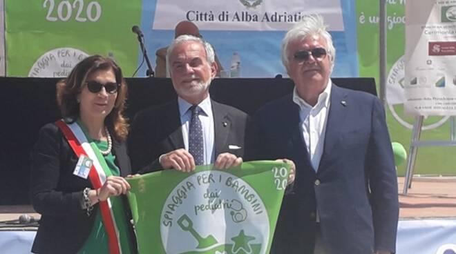 A Terracina spiagge a misura di bambino, conquistata la bandiera verde