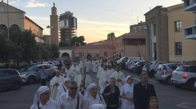 La diocesi di Latina torna in processione, ecco le nuove indicazioni previste dal decreto del Vescovo