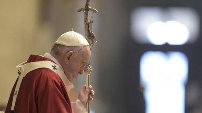 papa francesco sani pietro e paolo