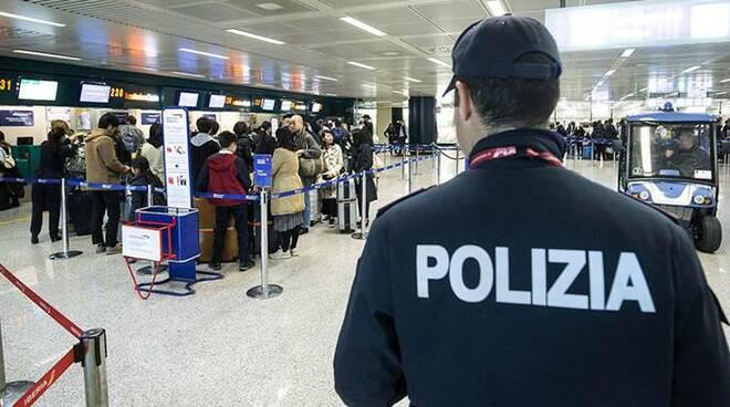 polizia aeroporto fiumicino