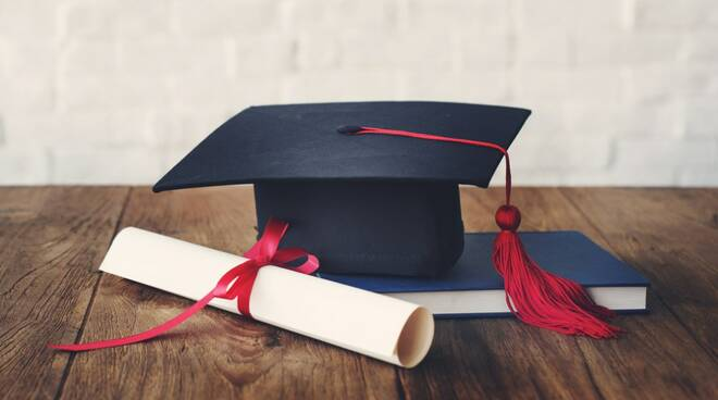 Prenotare una sala del Comune per discutere la tesi di laurea: a Formia ora si può