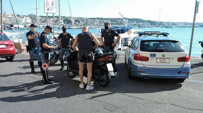 polizia di stato estate mare