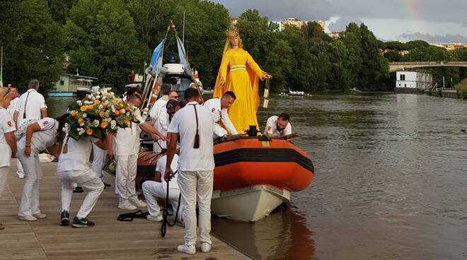 processione madonna fiumarola