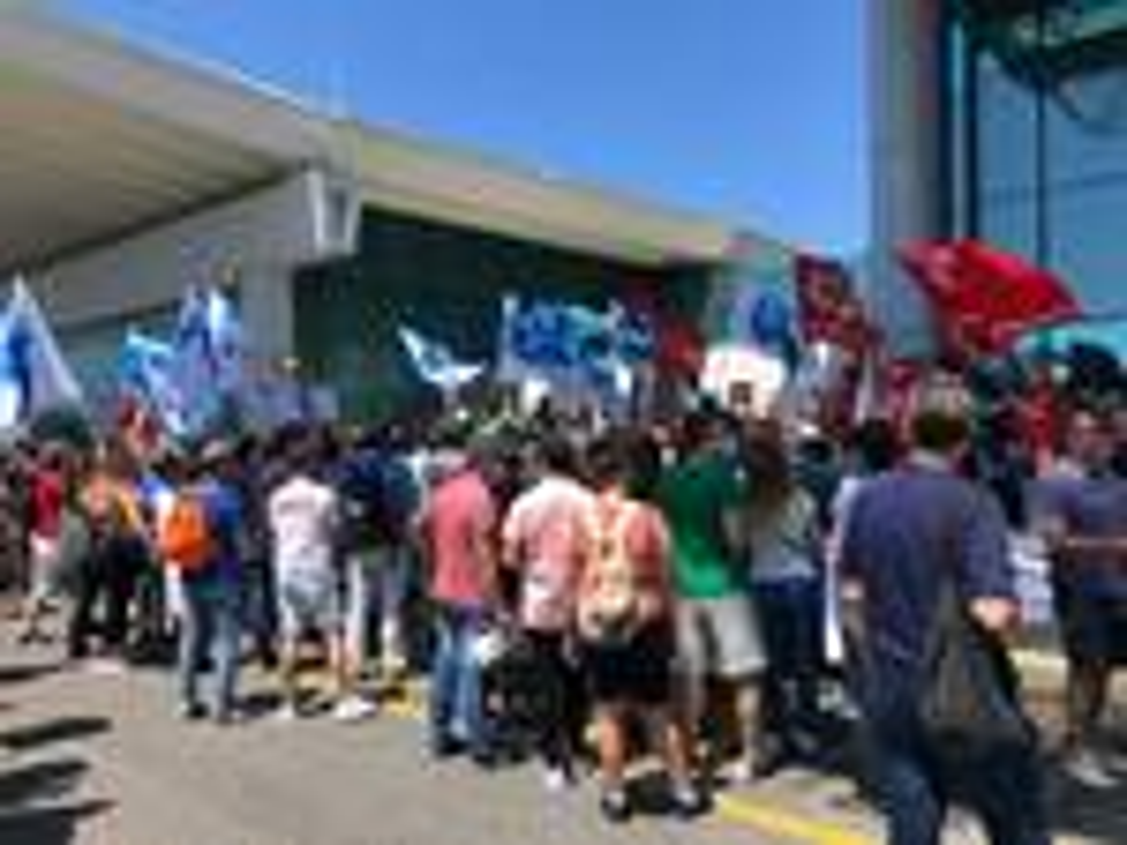 protesta lavoratori aeroporto