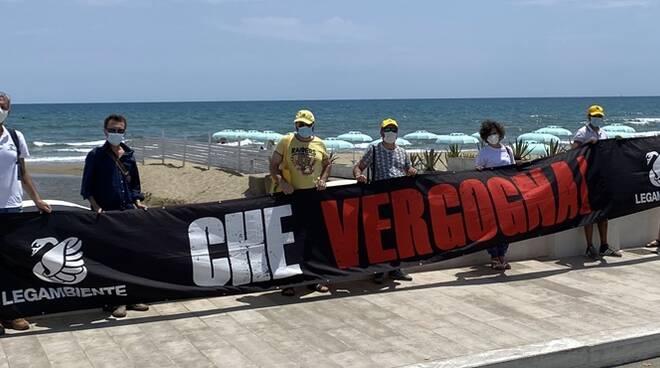 Scarichi non depurati che arrivano in mare, blitz di Legambiente a San Felice Circeo