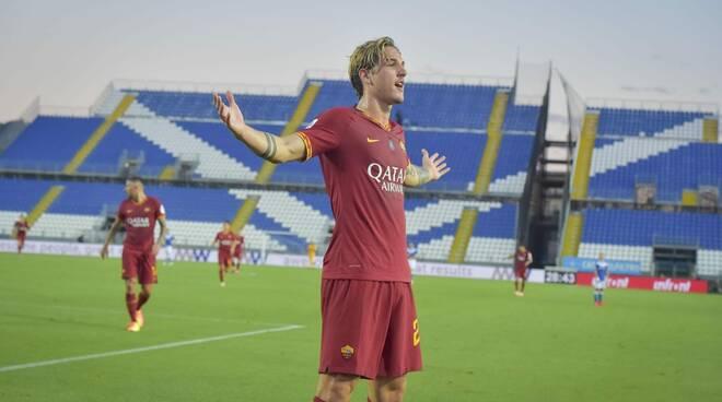 Zaniolo torna al gol e la Roma affonda il Brescia