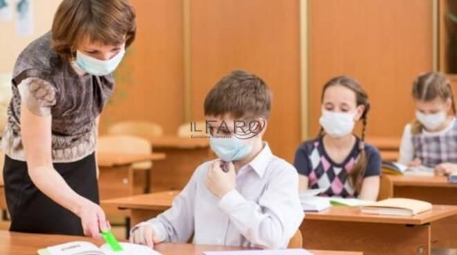 Mascherine a scuola: quando dovrebbero indossarle i bambini?