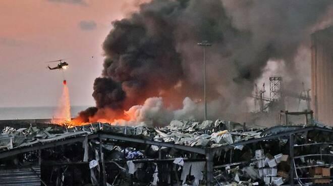 esplosione porto di beirut