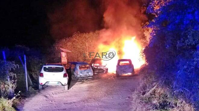 incendio auto tolfa