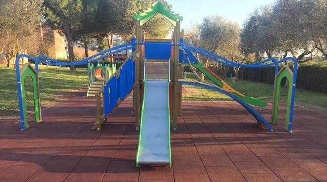 Parco giochi Montalto