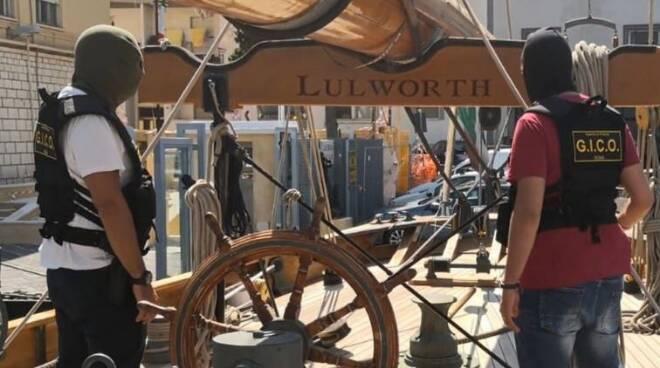 Yacht Lulworth