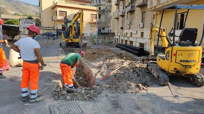 A Piazza Mercato al via i lavori per realizzare un impianto di sollevamento, ecco come cambia la viabilità a Formia