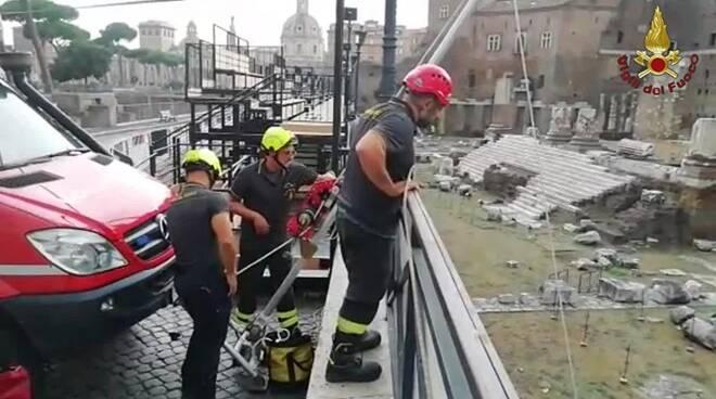 intervento vigili del fuoco mercati di traiano