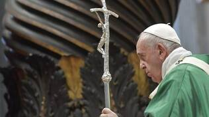 papa francesco vaticano guardia svizzera