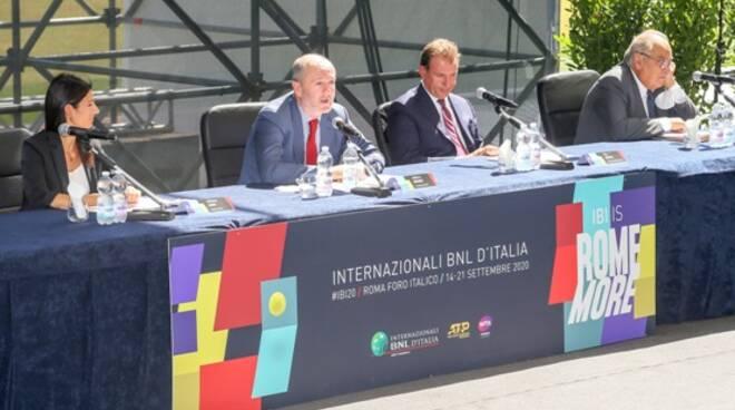 PRESENTAZIONE INTERNAZIONALI TENNIS BINAGHI