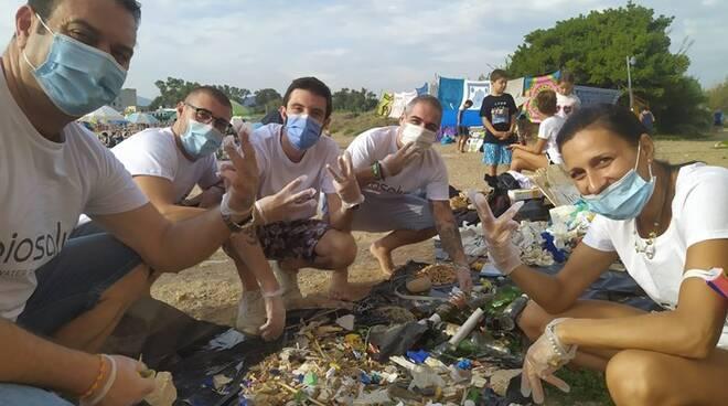 pulizia spiaggia santa severa