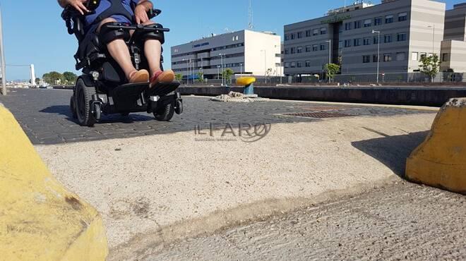 Reportage disabile Fiumicino, tra barriere architettoniche e inciviltà