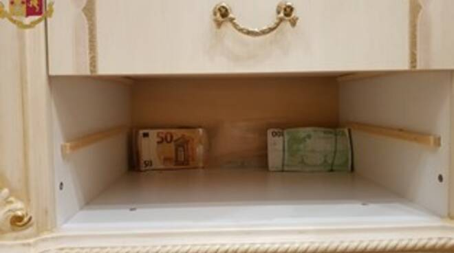 banconote sequestrate Latina