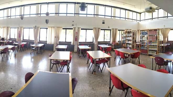 biblioteca Formia