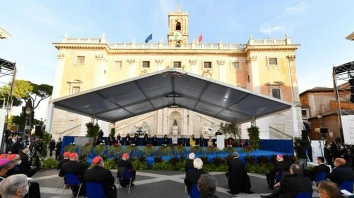 papa francesco campidoglio preghiera pace