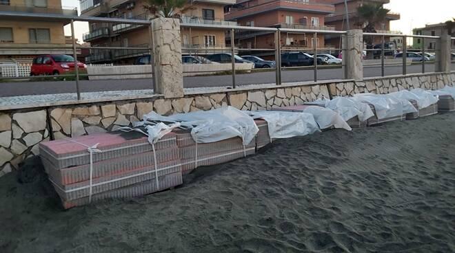 spiagge colorate nuova ostia materiali edili