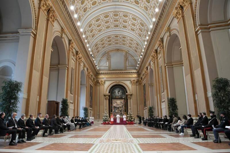 benedizione urbi et orbi natale 2020 papa francesco covid-19