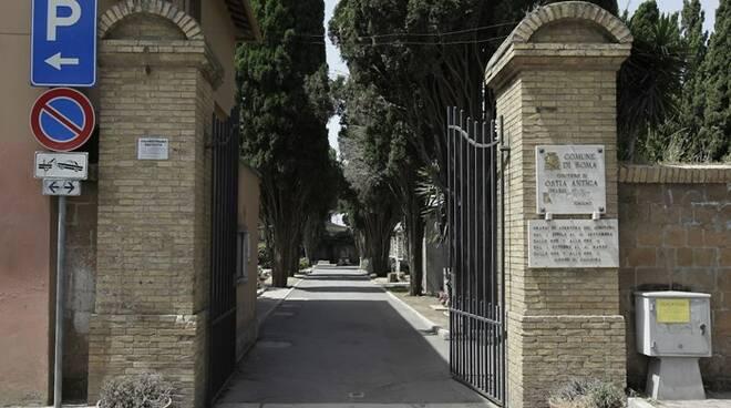 cimitero ostia antica