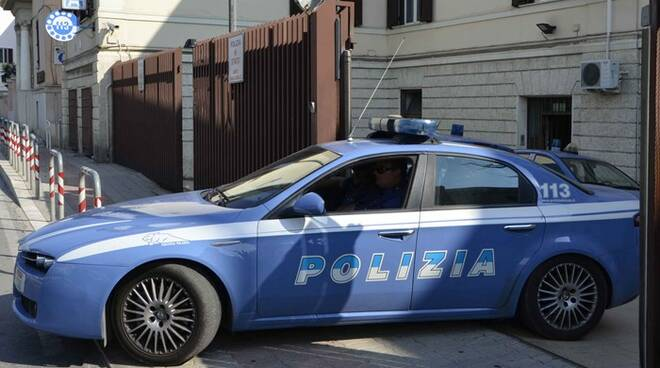 polizia civitavecchia