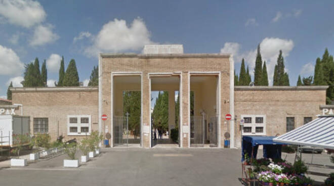 cimitero latina