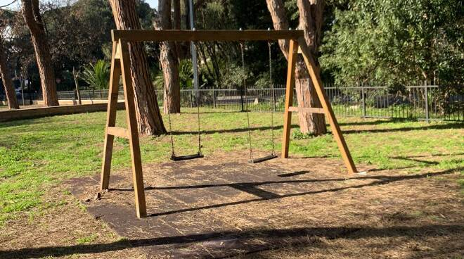 Fregene lavori parco via Maiori