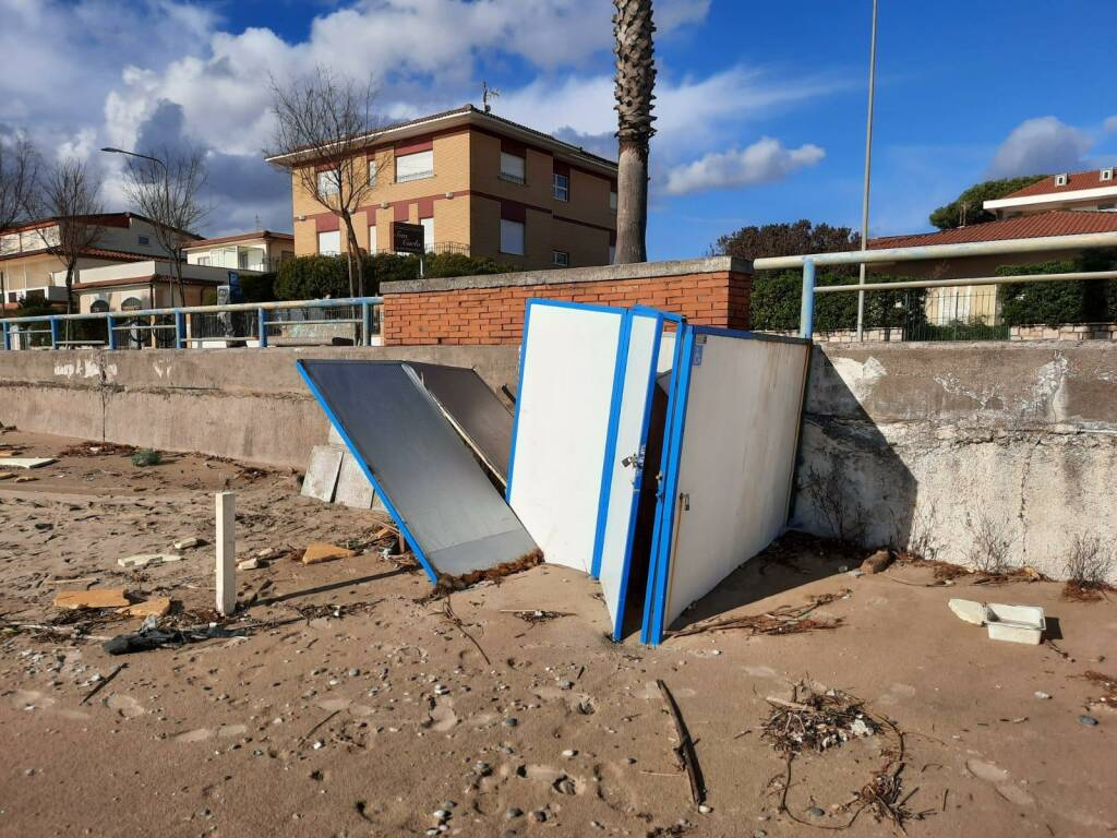 mareggiata terracina danni maltempo