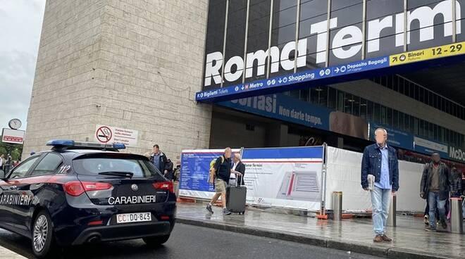 carabinieri metro roma stazione termini