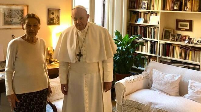 papa francesco Edith Bruck