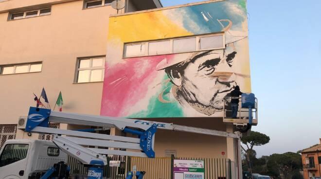 Ardea murales Giacomo Manzù