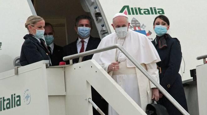papa francesco aeroporto fiumicino viaggio apostolico iraq
